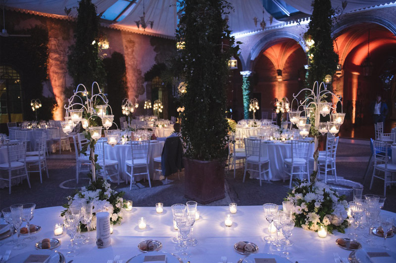 Candlelit wedding reception in Rome