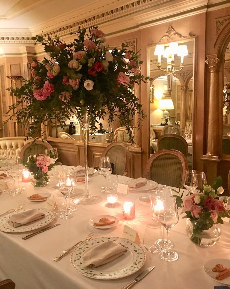 Wedding dinner decor